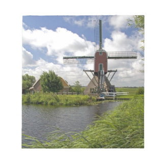 Windmill along a canal east of Leiden in the Notepad