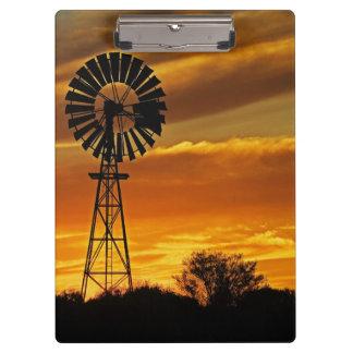 Windmill and Sunset, William Creek, Oodnadatta Clipboard