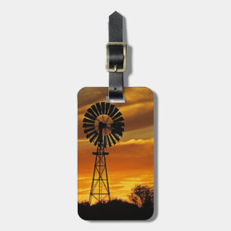 Windmill and Sunset, William Creek, Oodnadatta Luggage Tag