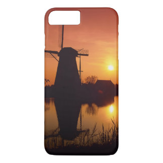 Windmills at sunset, Kinderdijk, Netherlands iPhone 8 Plus/7 Plus Case