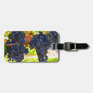 Wine grapes luggage tag
