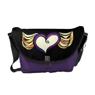 Winged Heart Medium Messenger Bag (dark)