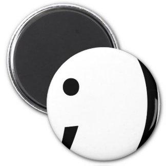 wink face! 6 cm round magnet