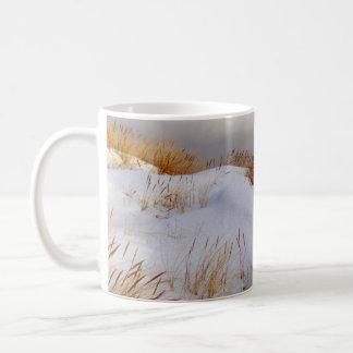 Winter by the sea basic white mug