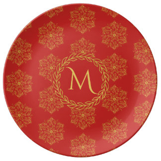 Winter gold big flourishes leaves circle monogram plate