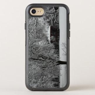 Winter Photo Apple iPhone 8/7 Symmetry Series Case