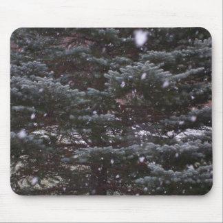 winter pine mouse mat