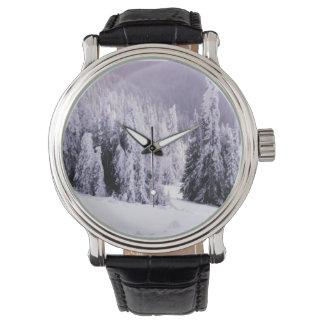 Winter setting wristwatch