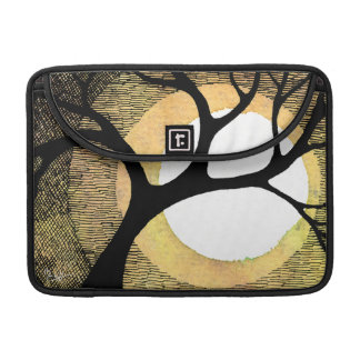 Winter Tree on Gold Background Cross Hatched Sleeve For MacBook Pro