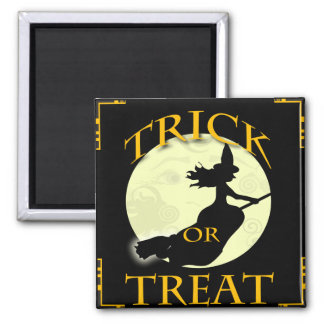 witch-across-the-moon- refrigerator magnet