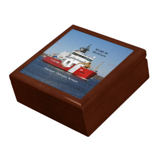 WLBB 30 Mackinaw keepsake box