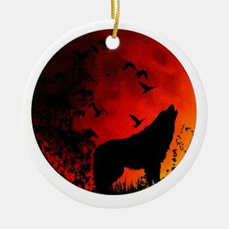 wolf howl round ceramic decoration