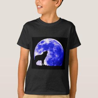 Wolf Howling at Moon T Shirts