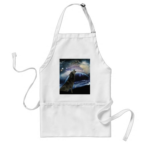 Wolf howling at the moon aprons