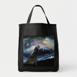 Wolf howling at the moon grocery tote bag