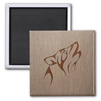 Wolf howling engraved on wood design square magnet