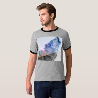 Wolf in the night sky T-Shirt