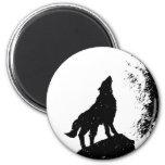 Wolf & Moon Silhoutte