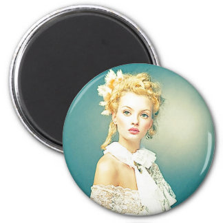 WOMAN 6 CM ROUND MAGNET