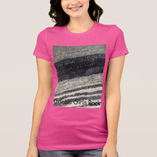 Woman's Tee Shirt for active outdoor women