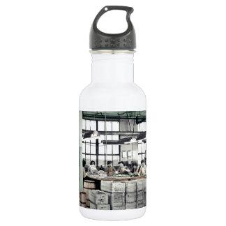 Women Factory Workers WWII 532 Ml Water Bottle