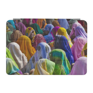 Women in colorful saris gather together iPad mini cover