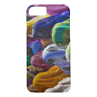Women in colorful saris gather together iPhone 8/7 case