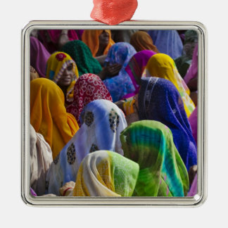 Women in colorful saris gather together Silver-Colored square decoration