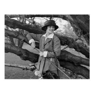Women s Style in Golf Attire early 1900s Postcard