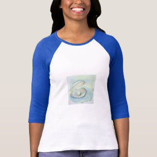 "women T-Shirt ""Seashell Pearl"""