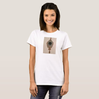 Women's T-Shirt with Oriental Soutache Pendant