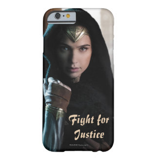 Wonder Woman in Cloak Barely There iPhone 6 Case