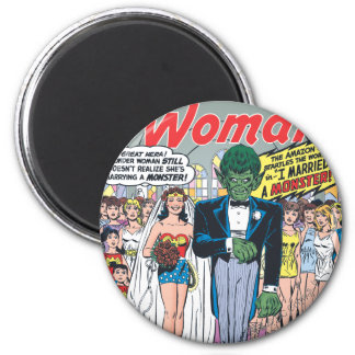 Wonder Woman Married a Monster 6 Cm Round Magnet