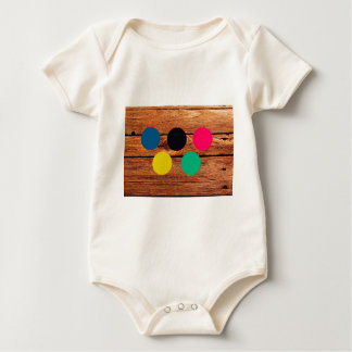Wood and colour baby bodysuit