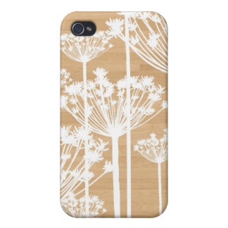 Wood background flowers girly floral pattern chic covers for iPhone 4