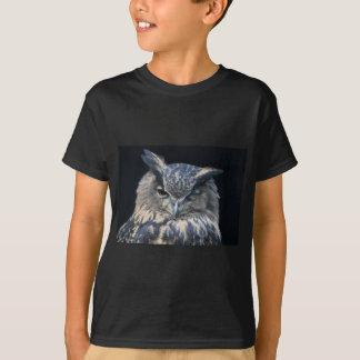 Wood eye is watchful - blinking eagle owl t shirt