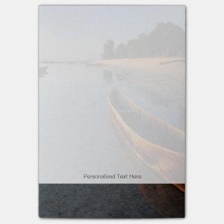 Wooden boats on Tondooni Beach Post-it Notes