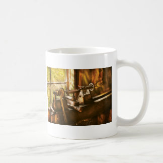 Woodworker - An Old Lathe Coffee Mugs