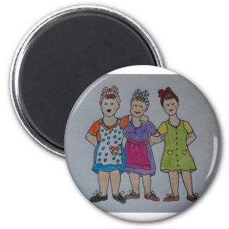working girls 6 cm round magnet