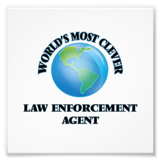World's Most Clever Law Enforcement Agent Photo