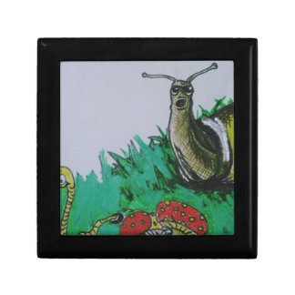 worm and snail art gift box