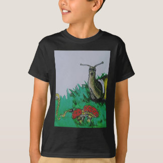 worm and snail art T-Shirt