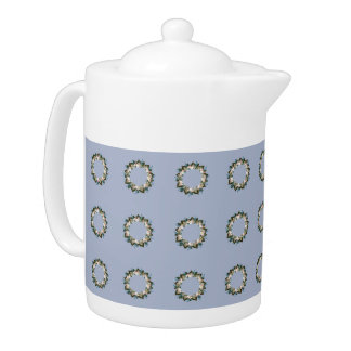 "Wreath ""Blue Dot"" Flowers Floral Teapot"