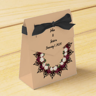 "Wreath ""Red Leaf"" Flowers Floral Favor Boxes"
