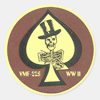 WW II -VMF-225 patch Round Sticker