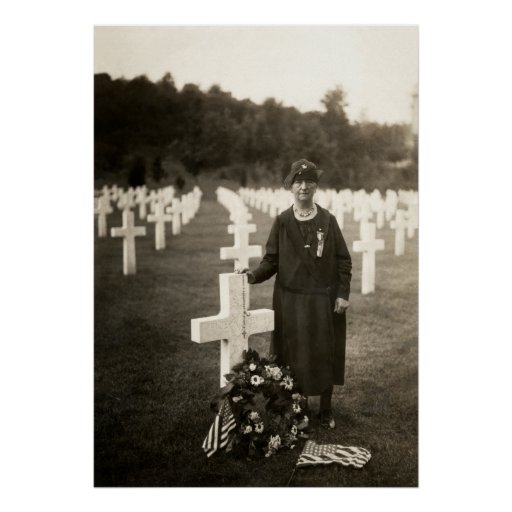 WWI American Mother at her sons grave in France Posters