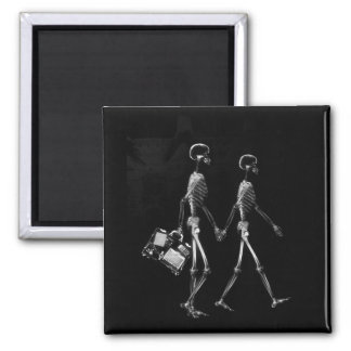 X-Ray Skeleton Couple Travelling Black White Square Magnet