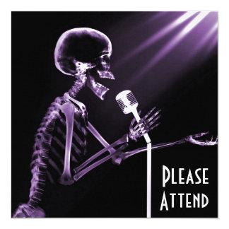 X-RAY SKELETON SINGING ON RETRO MIC - PURPLE 13 CM X 13 CM SQUARE INVITATION CARD