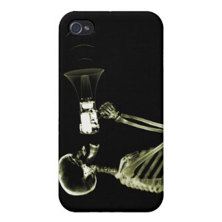 X-RAY VISION SKELETON ON MEGA - YELLOW CASE FOR iPhone 4