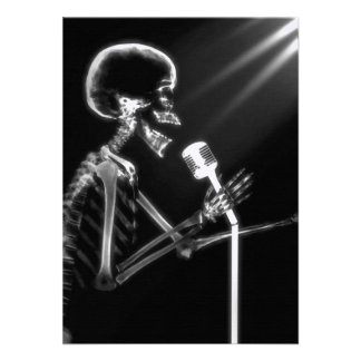 X-RAY VISION SKELETON SINGING ON RETRO MIC - B&W ANNOUNCEMENTS